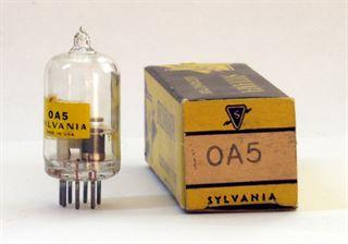 Immagine di 0A5 NOS SYLVANIA Pentodo a gas a catodo freddo