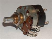 Picture of Potenziometro LESA 470K Lineare con interruttore