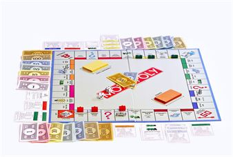 Picture of GIFT - MONOPOLY Game